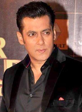 Salman Khan Celebrates Birthday At Panvel Farmhouse
