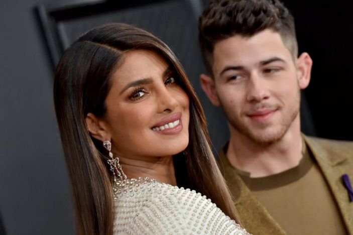 Priyanka Chopra lambastes reporter Peter Ford for questioning her and Nick's Oscars 'qualifications'