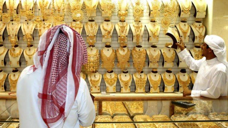 Time to buy: Gold slips; 22K price falls below Dh200 in UAE