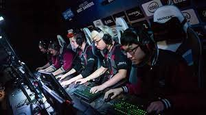 Gaming in the UAE: How much does a professional gamer earn?